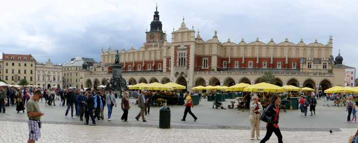 Car Hire With A Debit Card Krakow Airport